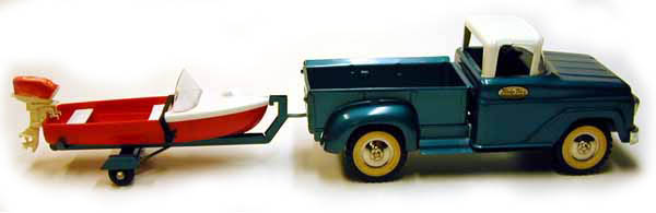 Side view of a 1959 Tonka Deluxe Sportsman with boat and trailer Number 22B