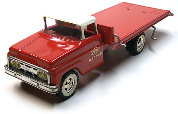 1963 No. 640 tonka toys Red Ramp Hoist Truck 1