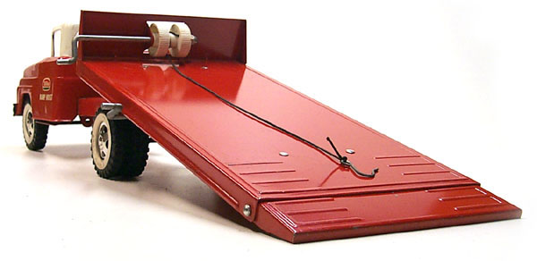 1963 No. 640 tonka toys Red Ramp Hoist Truck 5